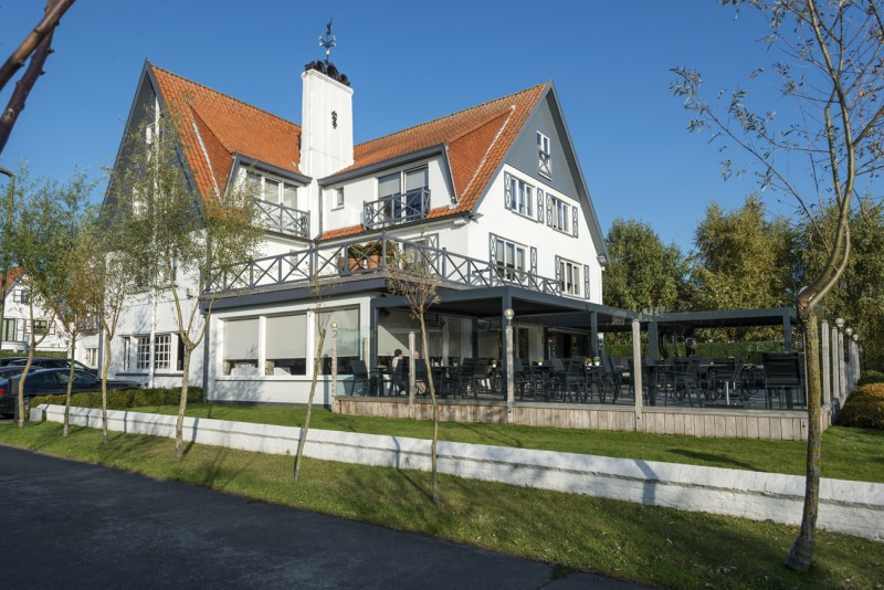 Lebeau Hotel