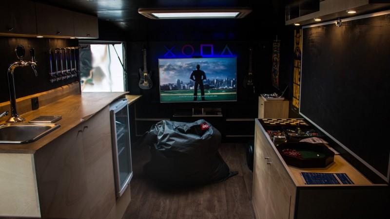 Mancave on wheels - entertainment