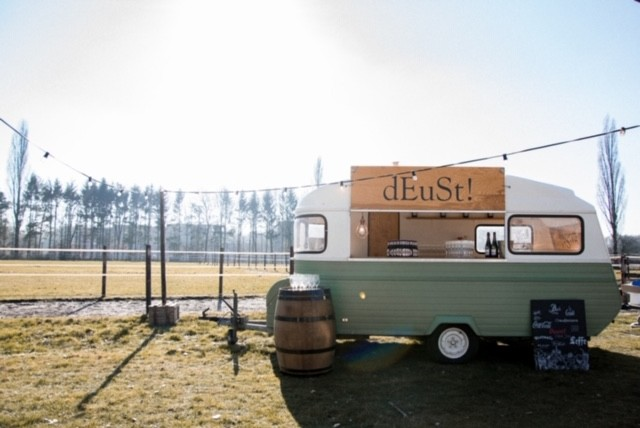Pop-up outdoor locatie dEuSt!