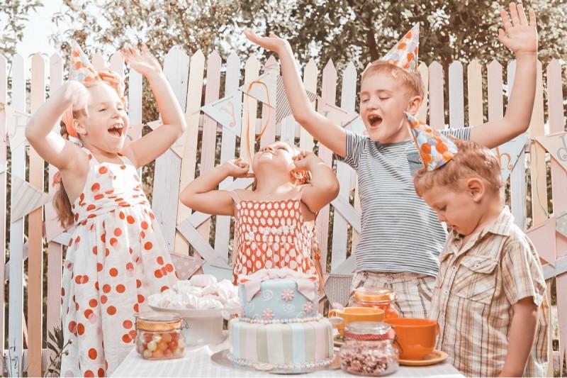 Een uitgesteld communie- of lentefeest? Organiseer een zomerfeest!